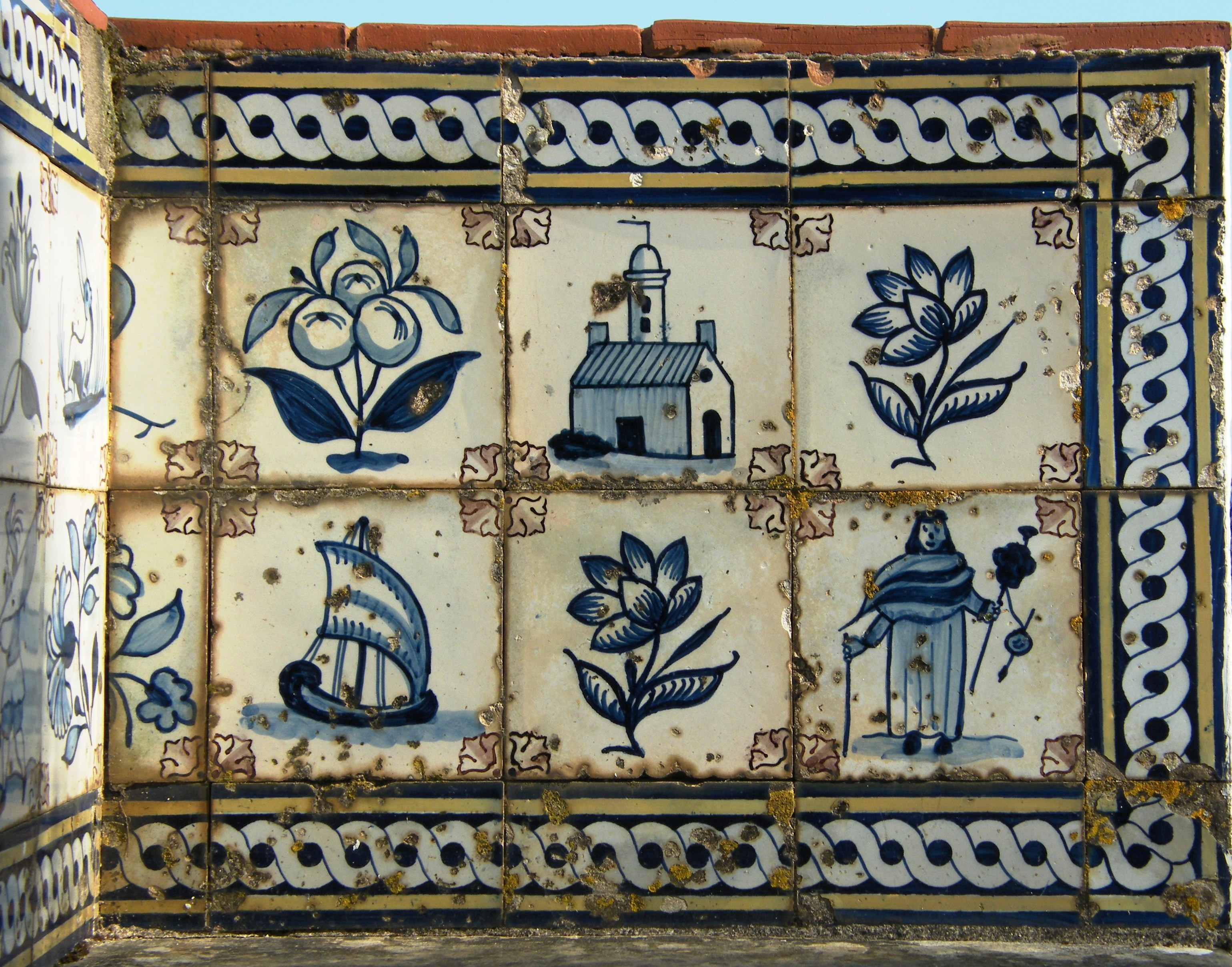 Detail of a tiled bench at Igreja Antonio dos Olivais in Coimbra