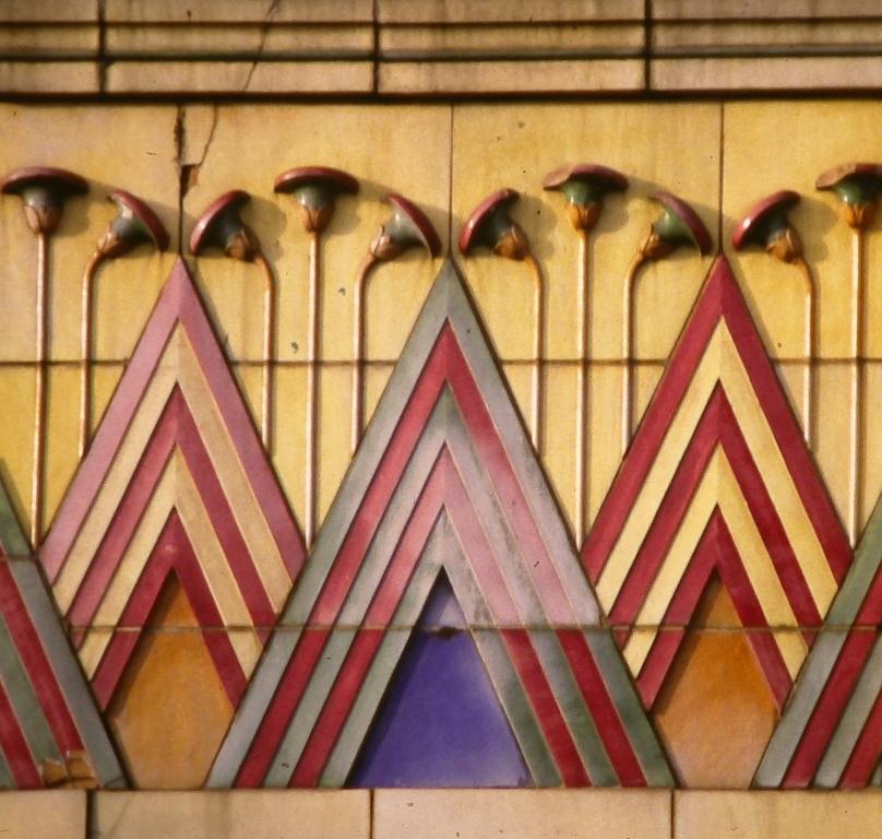 Art Deco Egyptian Influence Home Design